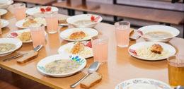 Obiad w stołówce