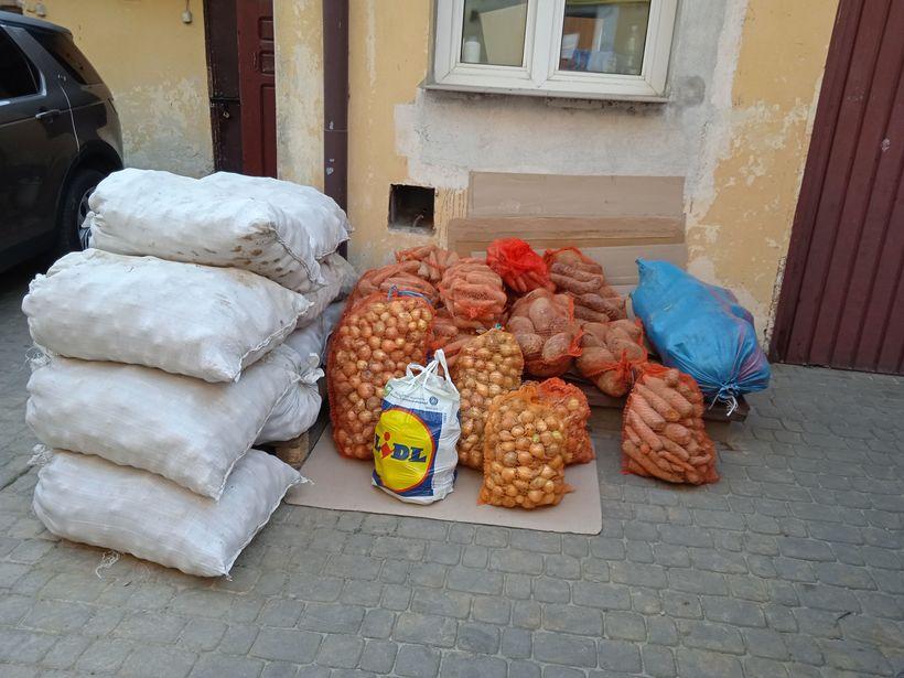 Zdjęcie przedstawia warzywa przekazane do Bractwa