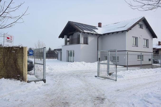 Zdjęcie przedstawia nowy dom Dziecka