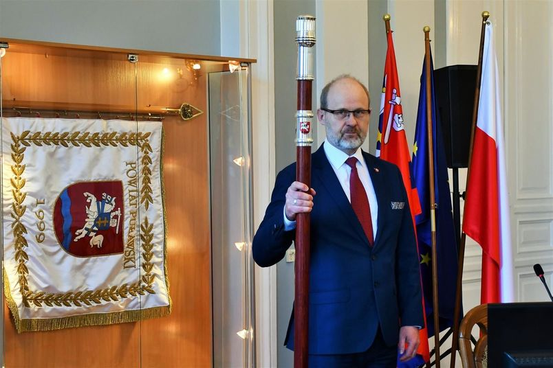 Przewodniczący Rady otwiera sesję